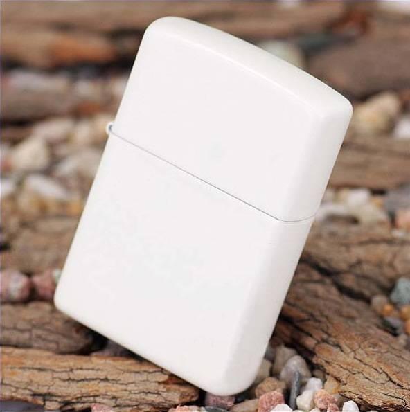 107 Zippo Lighter White Matte 1 Zippo 214