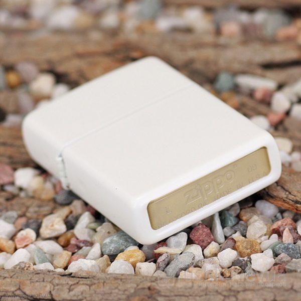 107 Zippo Lighter White Matte 4 Zippo 214