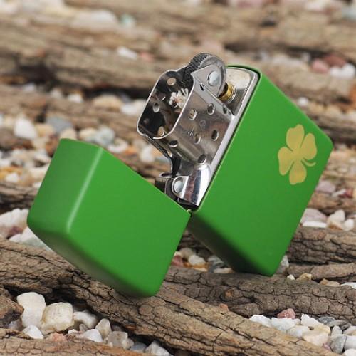 374 Zippo 21032 Shamrock Green Matte 2
