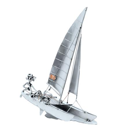 HinzKunst Katamaran 367 Catamaran Poklonimi