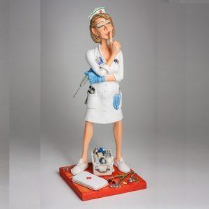 The Nurse • L'Infirmière 1