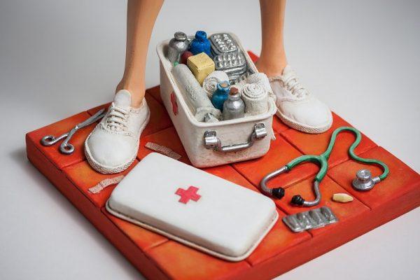 The Nurse • L'Infirmière 6
