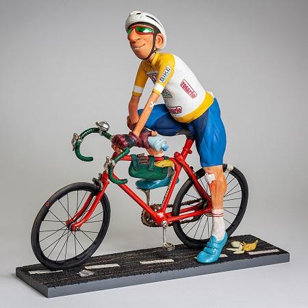 The Cyclist biciklista forchino ekspedicija